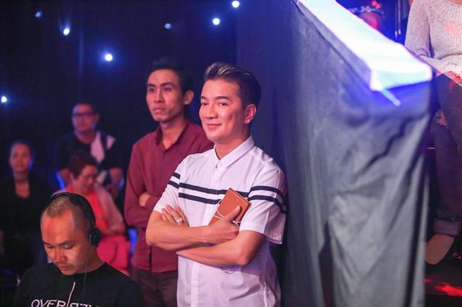 Dam Vinh Hung: Toi bi benh bao dong nang lam!