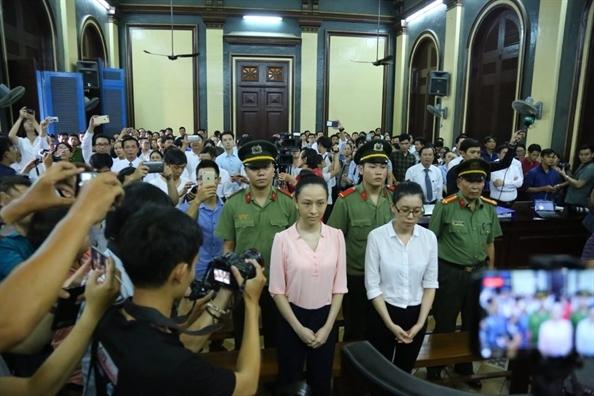 Van con 'ban an' khac danh cho Phuong Nga va Toan My