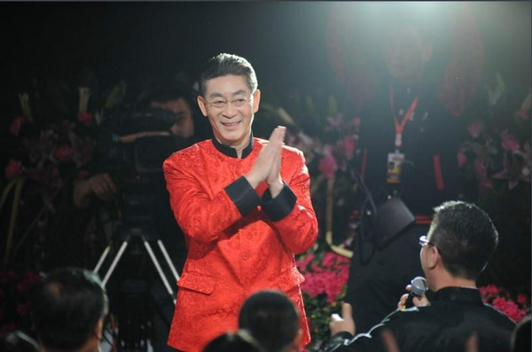 Luc Tieu Linh Dong bi chi trich vi y lai thanh tuu trong qua khu
