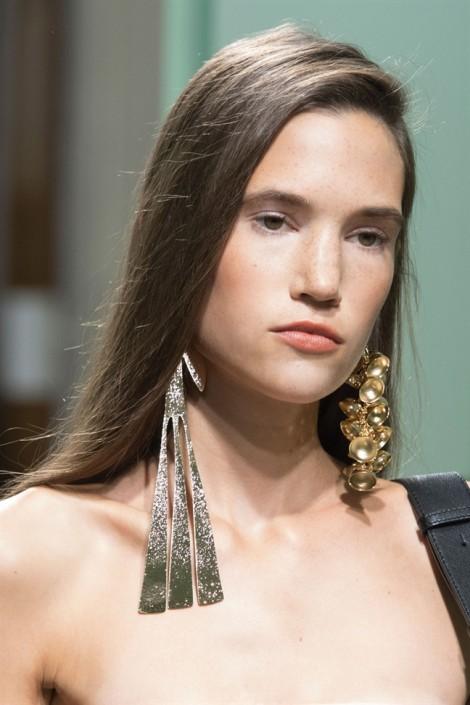 Điểm nhấn độc đáo cho fashionista trong hè 2017
