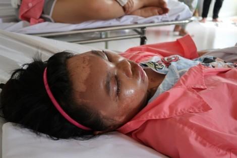 Bốn người bị tạt axit ở Đồng Nai: Một phút nóng nảy, hai gia đình tan nát
