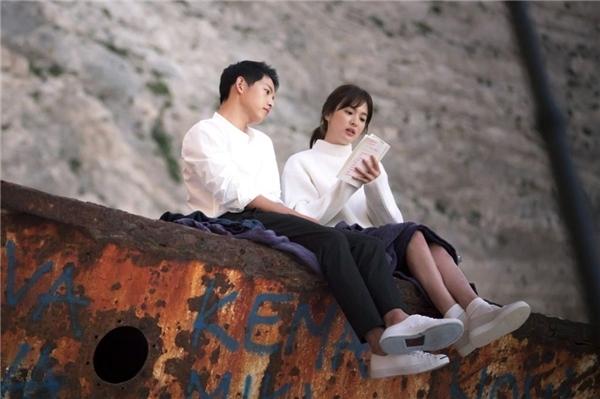 Song Hye Kyo - Song Jong Ki voi gu thoi trang dong dieu tu phim ra doi