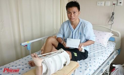 Báo Phụ Nữ TP.HCM trao gần 30 triệu đồng của độc giả đến võ sư có nguy cơ phải cưa chân