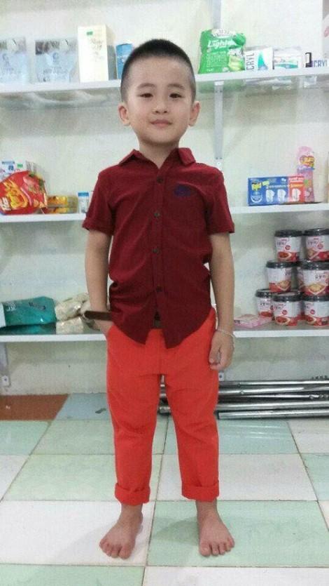 Cộng đồng mạng sôi sục tìm kiếm thông tin bé trai 6 tuổi nghi bị bắt cóc