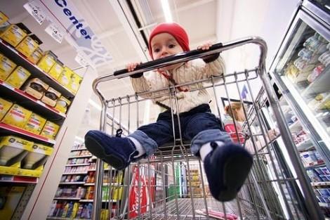 Xe đẩy siêu thị chứa vi khuẩn hơn 300 lần cần gạt nước nhà vệ sinh