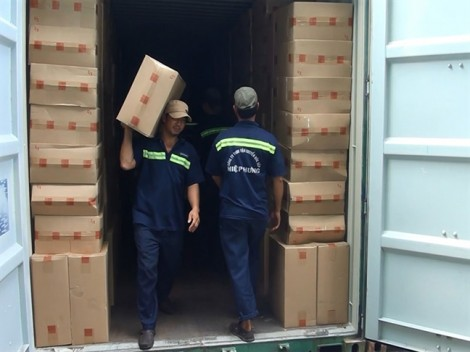 Phát hiện 1 triệu gói thuốc lá lậu ở Cát Lái