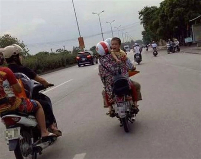 Sau cai chet cua be trai o Quang Binh, cac ba me 'vach mat' nhung thu doan bat coc tre em lieu linh