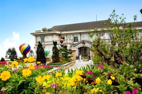 Sun World Ba Na Hills tiếp tục được vinh danh 'Khu du lịch hàng đầu Việt Nam'