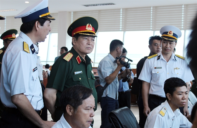 Dai tuong Ngo Xuan Lich: Quan doi tham gia lam kinh te la hoi nhap quoc te