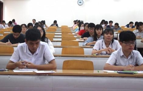 Nhiều trường đại học lớn lấy điểm xét tuyển bằng 'sàn'