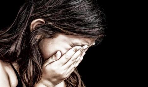 Đình chỉ điều tra vụ nữ sinh lớp 9 tố chồng hờ của mẹ xâm hại