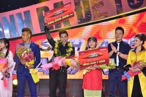 MC Nguyên Khang là quán quân 'Sinh ra để toả sáng' mùa đầu tiên