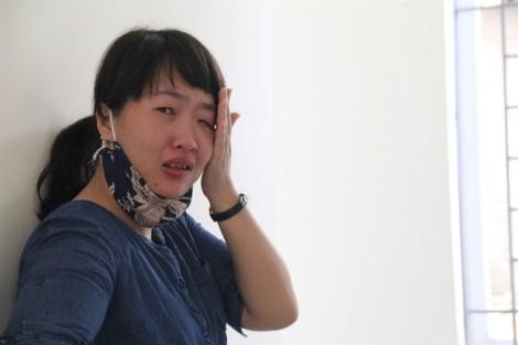 Vụ chìm tàu ở Nghệ An: 'Biển lặng rồi, về với mẹ con em đi anh'