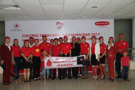 Dai-ichi Life Việt Nam tiếp tục phát động chương trình 'Vì cuộc sống tươi đẹp' - Hiến máu nhân đạo 2017 tại Đắk Lắk