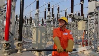 Cần cân nhắc điều chỉnh giá điện ở mức thấp nhất