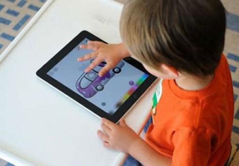Khi tablet, smartphone trở thành 'sát thủ' đối với trẻ em