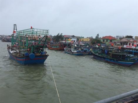 Huế lên kịch bản di dời hơn 100.000 dân, Quảng Trị có nguy cơ mất mùa vì bão số 4