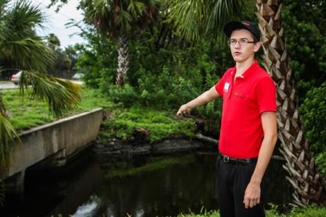 Chàng trai cứu người đuối nước khiến người Mỹ bàng hoàng về sự tử tế