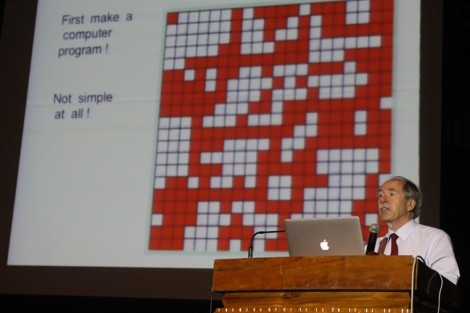 Nhà Nobel Vật lý Gerardus 't Hooft: 'Khoa học không có điểm bí ẩn'