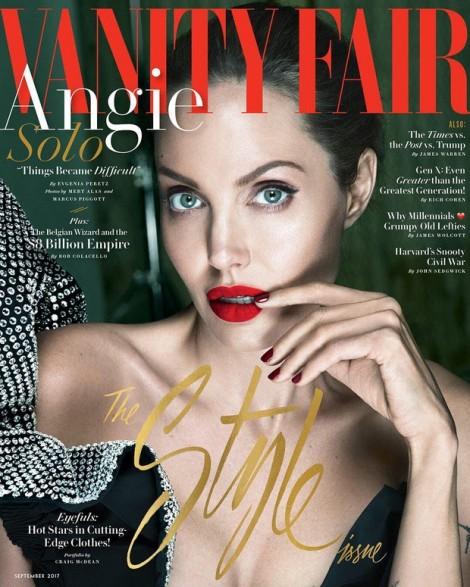 Angelina Jolie có nguy cơ bị liệt nửa cơ mặt