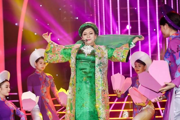 BTC 'Guong mat than quen' noi gi khi bi cho chen ep Ky Phuong?