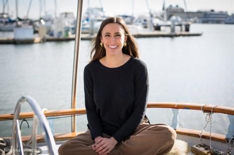 Cô gái 24 tuổi sống lênh đênh trên thuyền để khởi nghiệp