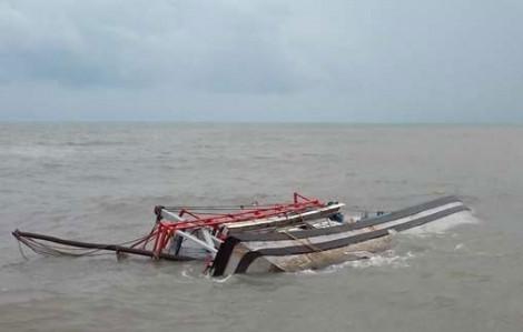 Chìm tàu tại vùng biển Hoàng Sa, 5 ngư dân mất tích