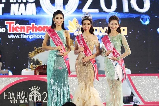 A hau Thuy Dung dai dien Viet Nam tham gia Hoa hau Quoc te