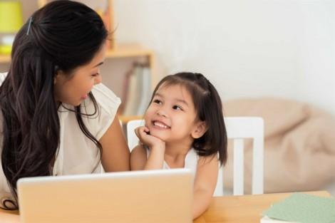 7 chuyện của gia đình cha mẹ không nên nói với trẻ