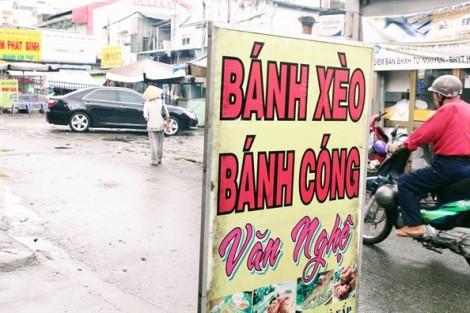 Quán bánh xèo Văn Nghệ độc đáo tại Sài Gòn, khách vừa ăn vừa nghe chủ quán hát nhạc Trịnh