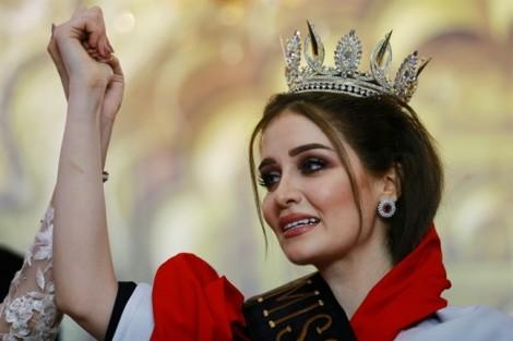 Hoa hậu bị truất ngôi vì kết hôn trong thời gian đương nhiệm