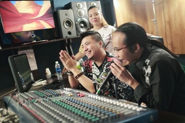 Hon 100 nghe si Viet tham gia MV co dong SEA Games 2017
