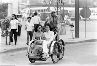 Chiếc áo hở ngực, nữ quyền và khí chất Sài Gòn