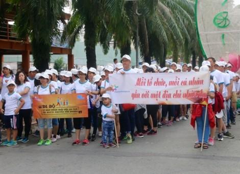 Frieslandcampina Việt Nam đồng hành cùng chương trình đi bộ 'Vì nạn nhân chất độc da cam & người khuyết tật' năm 2017