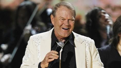 Ca sĩ 4 lần đoạt giải Grammy qua đời ở tuổi 81 vì bệnh thoái hoá não