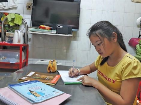Học bổng 'Nữ sinh hiếu học vượt khó' lần 27: Cô học trò không thích mùa hè