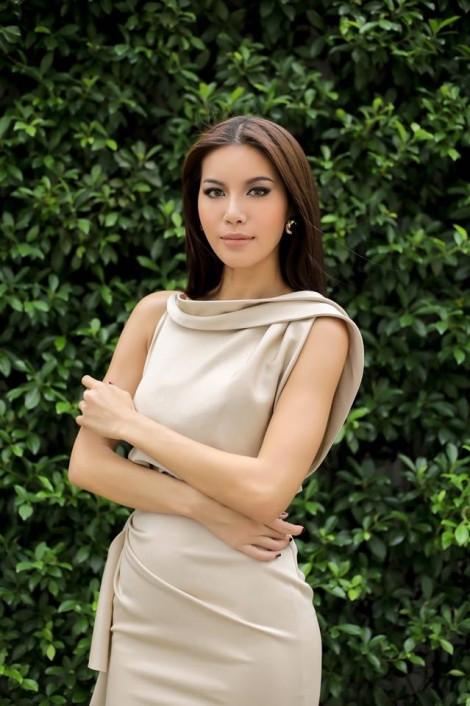 Người mẫu Minh Tú: Tôi lay hoay trong sự nổi tiếng của mình