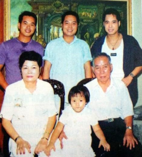 Sau hơn 20 năm, 3 anh em Ngọc Sơn lại đứng chung sân khấu