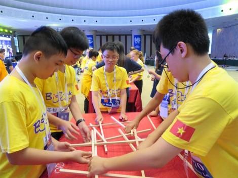 Cuộc thi Olympiad Toán học thế giới 2017: Học sinh Việt Nam đoạt 2 huy chương Bạc, 7 huy chương Đồng