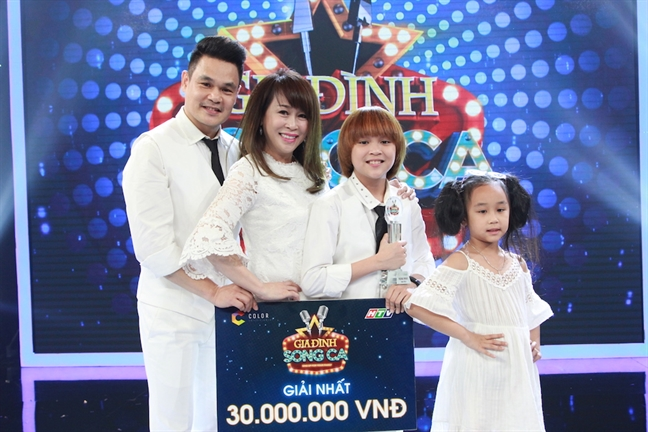Quan quan 'Vietnam Idol Kids' tiep tuc chien thang o 'Gia dinh song ca'