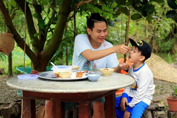 MC Hong Phuc: 'Chuyen vui choi cung con voi toi la dieu xa xi'
