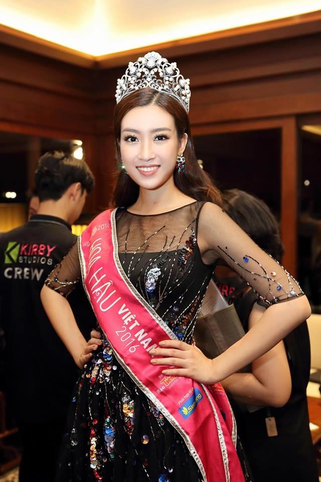 Do My Linh du thi Hoa hau The gioi 2017: cuoc 'hoi ngo' 10 nam cua Hoa hau Viet Nam