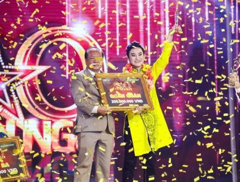 Lê Nguyễn Trường Giang đăng quang 'Sao nối ngôi' mùa 2