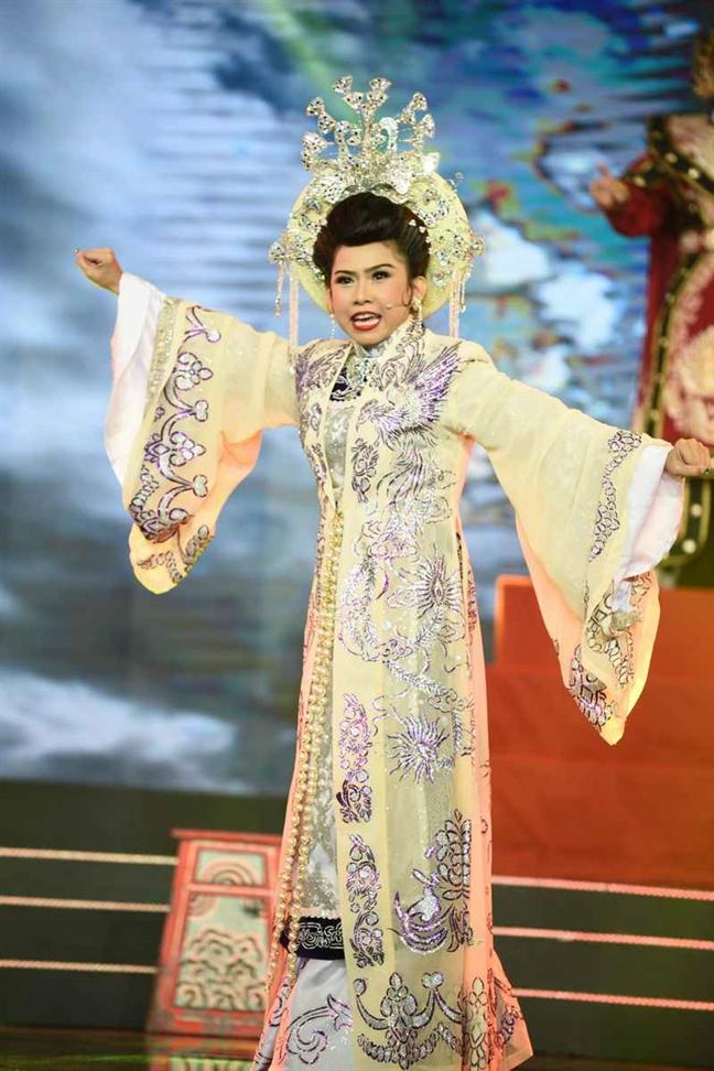 Nghe si cai luong Binh Tinh: 'Bo chong thi duoc, bo nghe hat thi khong'