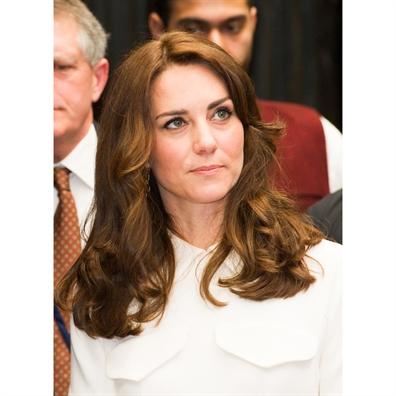 Nhung kieu toc dep don gian van nguoi me cua cong nuong Kate Middleton