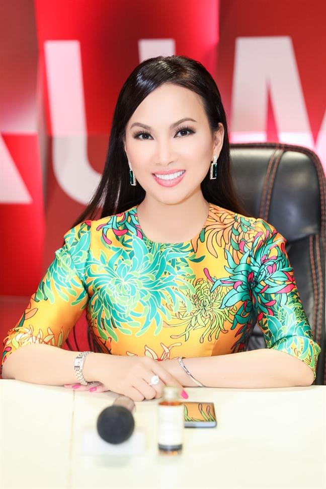 Ha Phuong ly giai tin don 'bang mat khong bang long' voi Cam Ly, Minh Tuyet