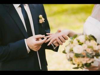 Bị bạn thân rắp tâm cướp người yêu chỉ một tháng trước ngày cưới