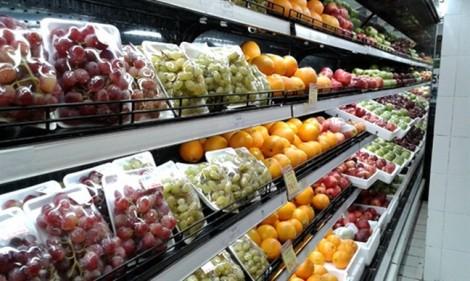 Siêu thị, cửa hàng tiện lợi tiếp tục giảm giá trái cây 'xịn'