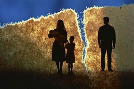 Chồng hai lần bỏ nhà theo nhân tình vì 'con cái tôi cũng có thể bỏ, nhưng cô ấy thì không'