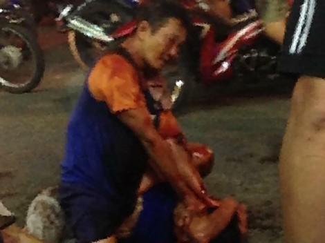 Kẻ nghi ngáo đá, nhiễm HIV đâm thương vong 2 người ở Sài Gòn